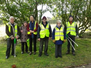Litter pick March 2014 (1) (800x600)